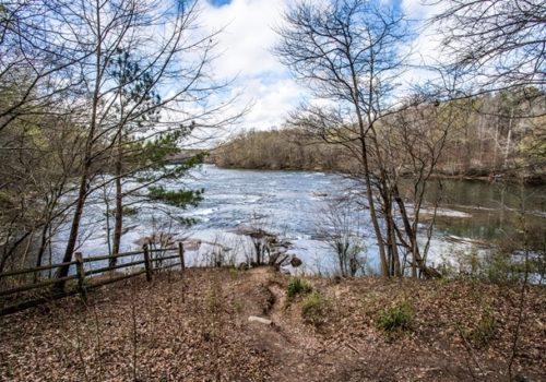Jones Bridge Park lake