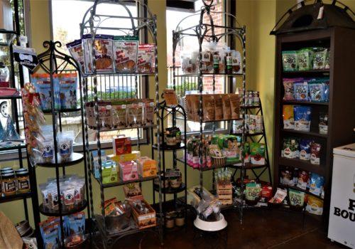 pet store display