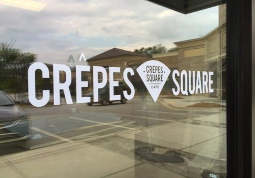Crepes Square sign