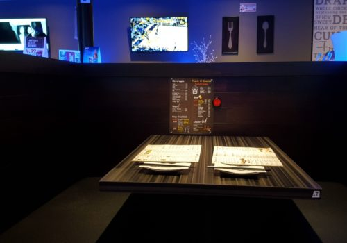 table with menus