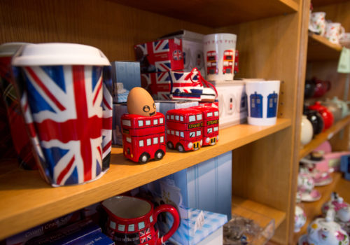 British-themed trinkets
