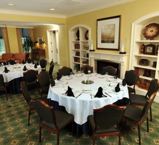 1818-capital members room