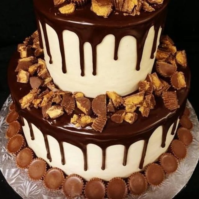 chocolate cake with peanut butter cups
